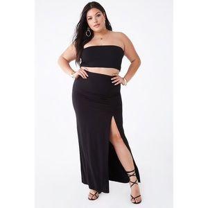 🌴 3/$20 Forever 21+ Ruched Side Slit Maxi Skirt